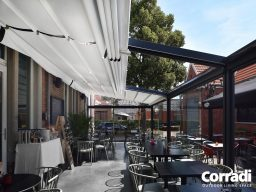 Retractable Restaurant Awnings