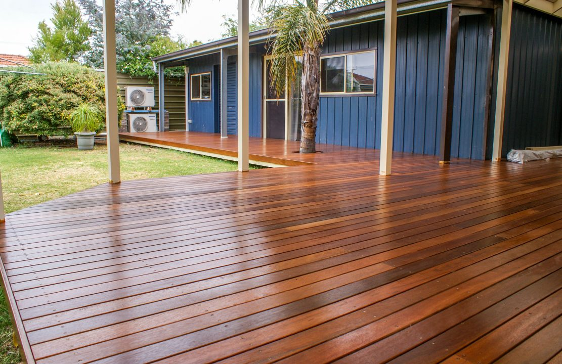 Oiled timber deck Adelaide