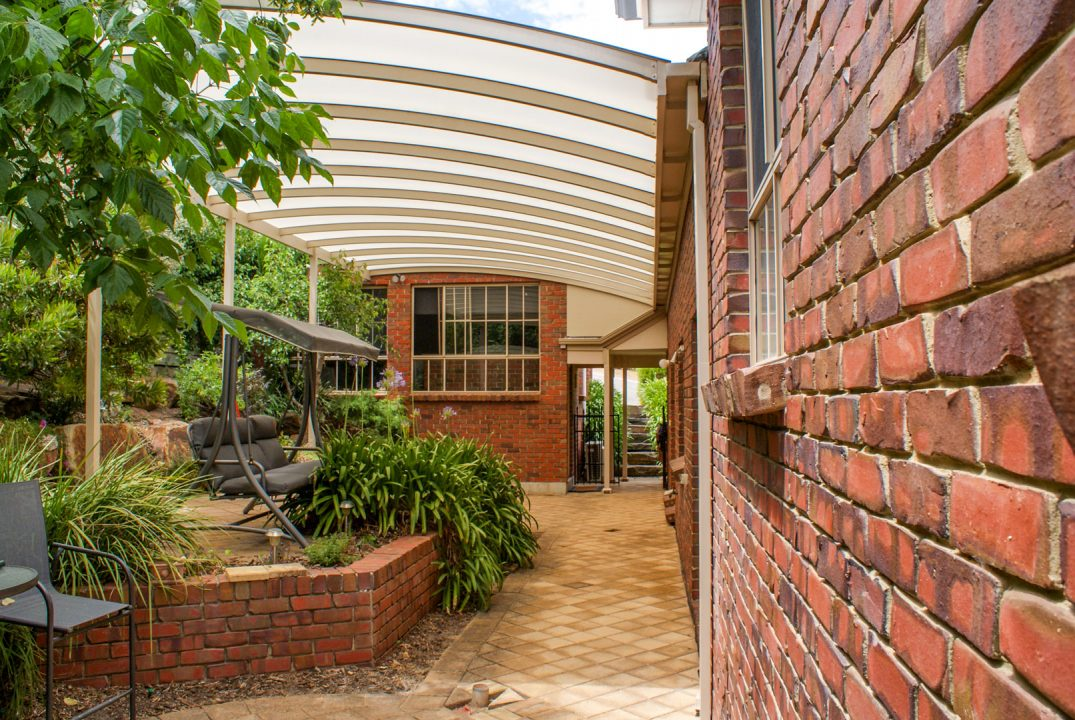 Curved roof steel patio