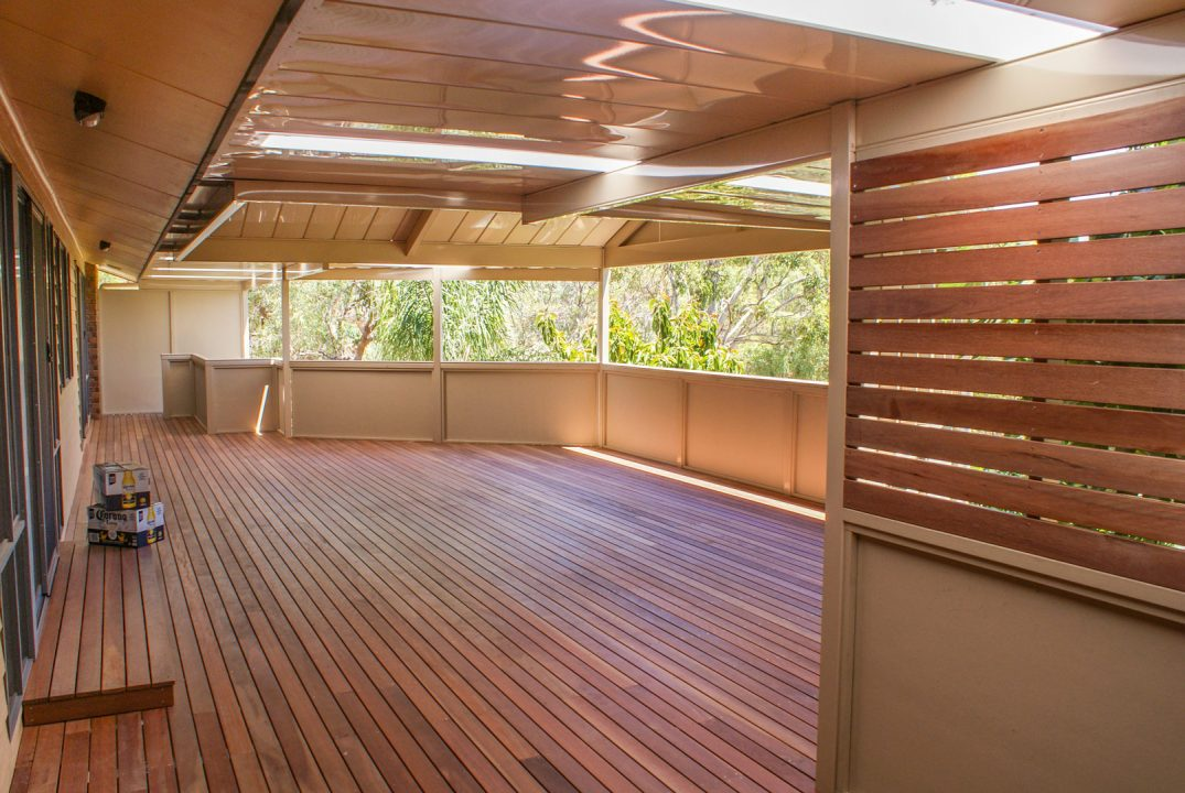 Hardwood Screening and Decking in Flagstaff Hill
