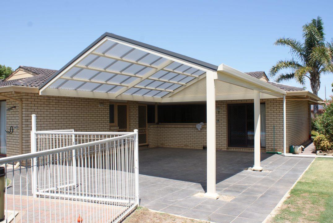 transparent roof pergola