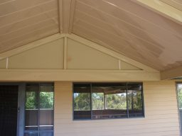 holiday home pergola