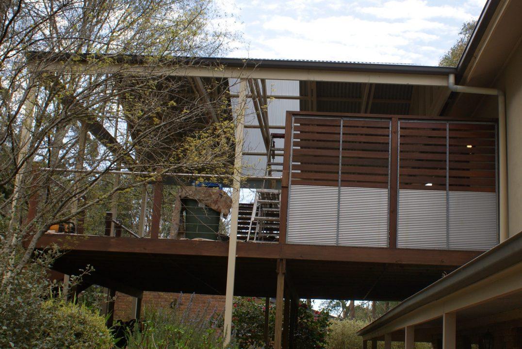 timber verandah screen